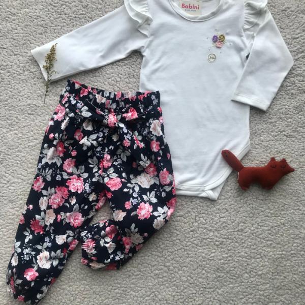 Pantalón flores + Body manga larga
