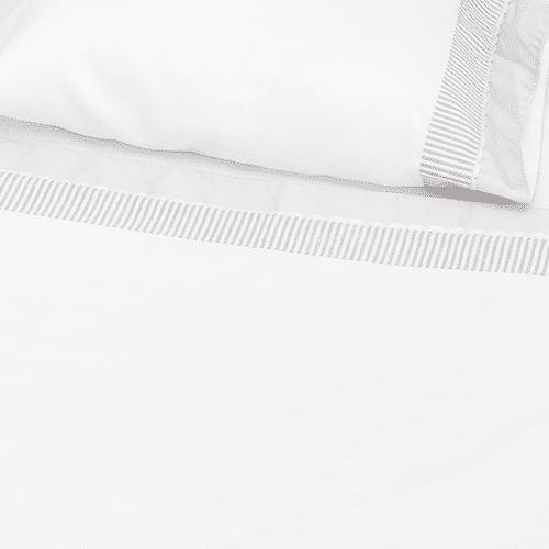 Set de sábanas y almohada